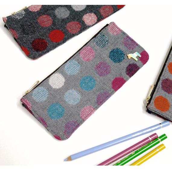 Pony circle pattern flat pouch pencil case