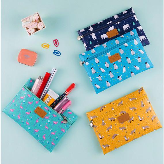 Animal pattern flat zipper medium pouch