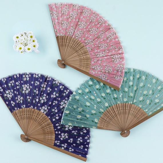 Flower pattern lovely folding fan