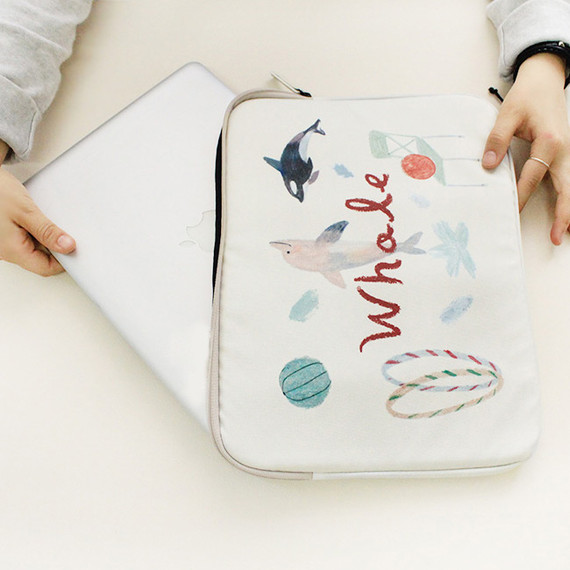 Ivory - Rim pattern 15 inches laptop pouch case