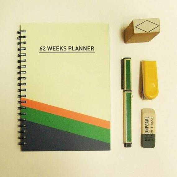 Fresh spiral B6 undated weekly planner