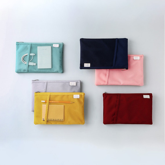 Livework A low hill basic mesh pocket daily pouch