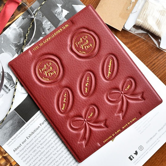 Play obje Feel so good leather seal deco sticker