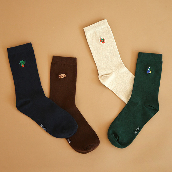Dailylike Le petit marche embroidered women socks set