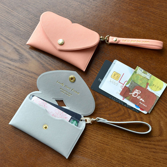 Play Obje Lovely heart pocket card case holder with strap