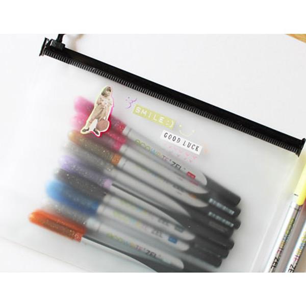 Design somerz Translucent zip lock multi pouch - fallindesign