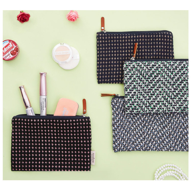 Wool pattern flat zipper medium pouch