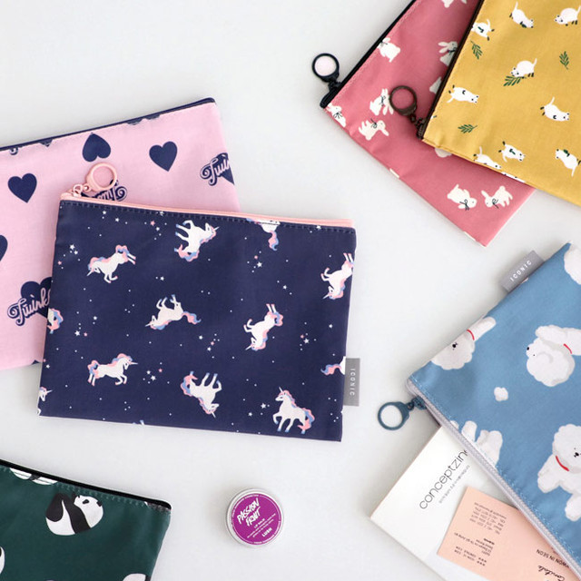 ICONIC Comely water resistant medium flat pouch bag