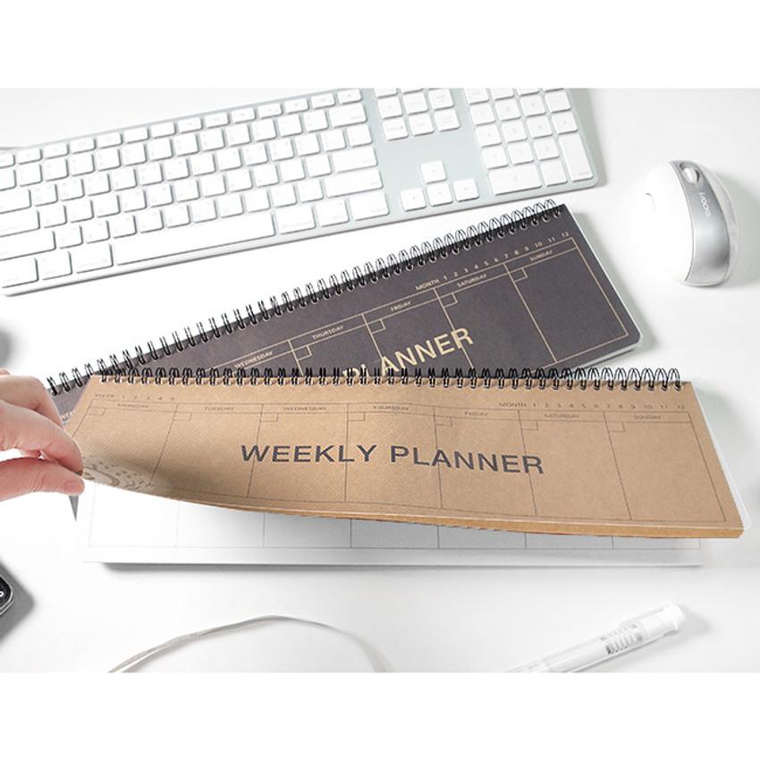2young Wirebound kraft long dateless weekly desk planner