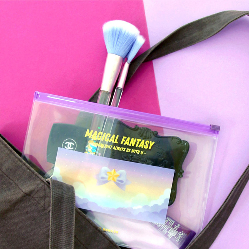 Usage Example - Second Mansion Retro mood clear PVC zip slide pouch