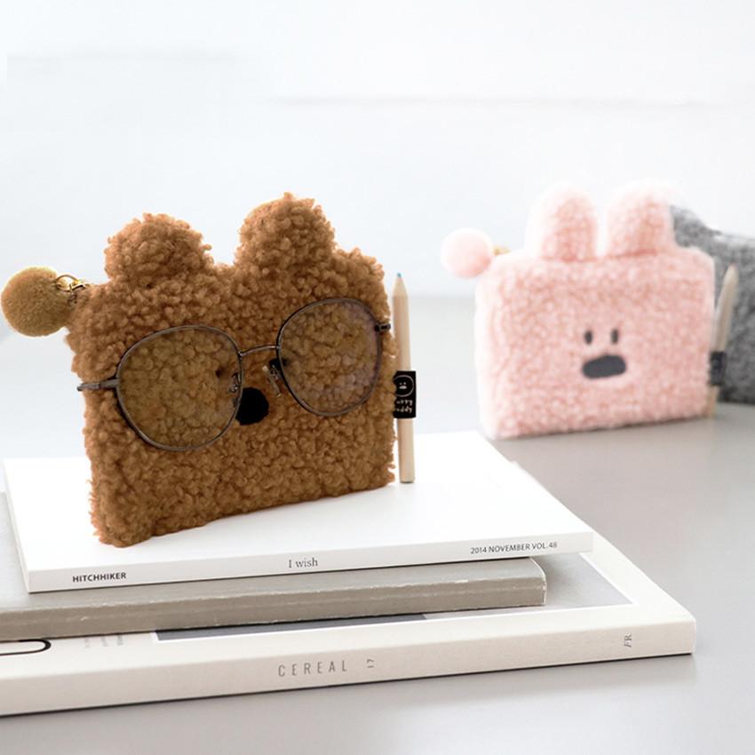 Iconic Furry buddy zipped card case holder