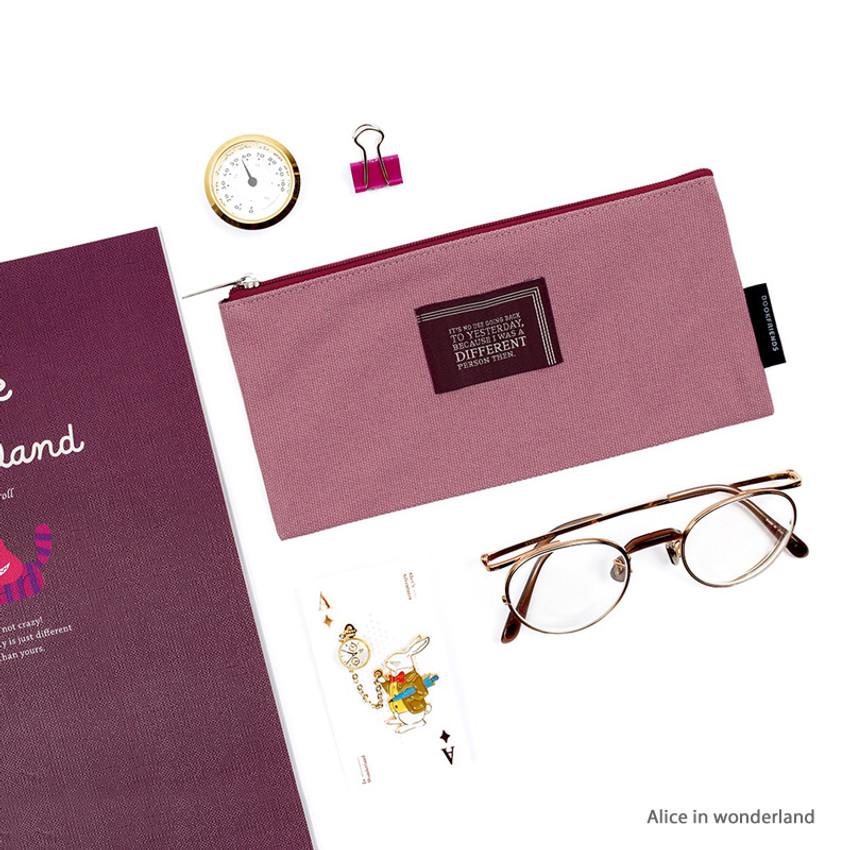 Usage example - World literature lettering cotton zip pencil case pouch