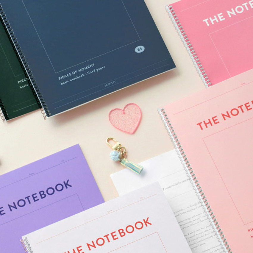 Usage example - ICONIC Pieces of moment basic spiral B5 lined notebook
