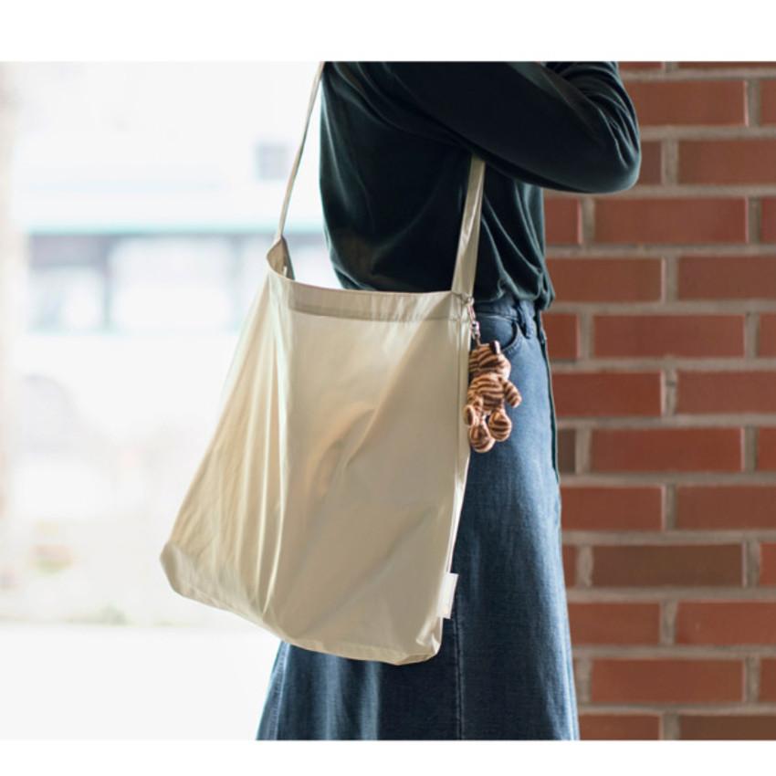 Ice gray - Byfulldesign Light daily large shoulder bag