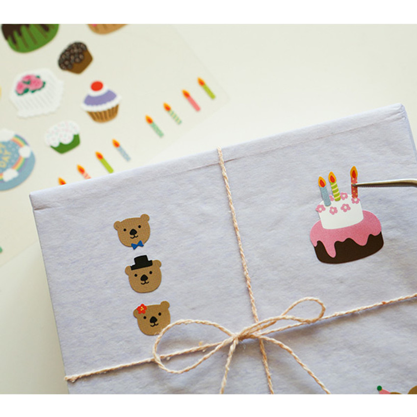 Usage example - For your heart paper adhesive sticker - Cake