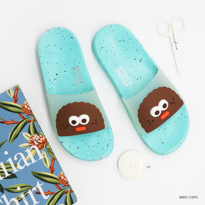 Mint chips - ROMANE Brunch Brother chips pop eye slide slipper sandal
