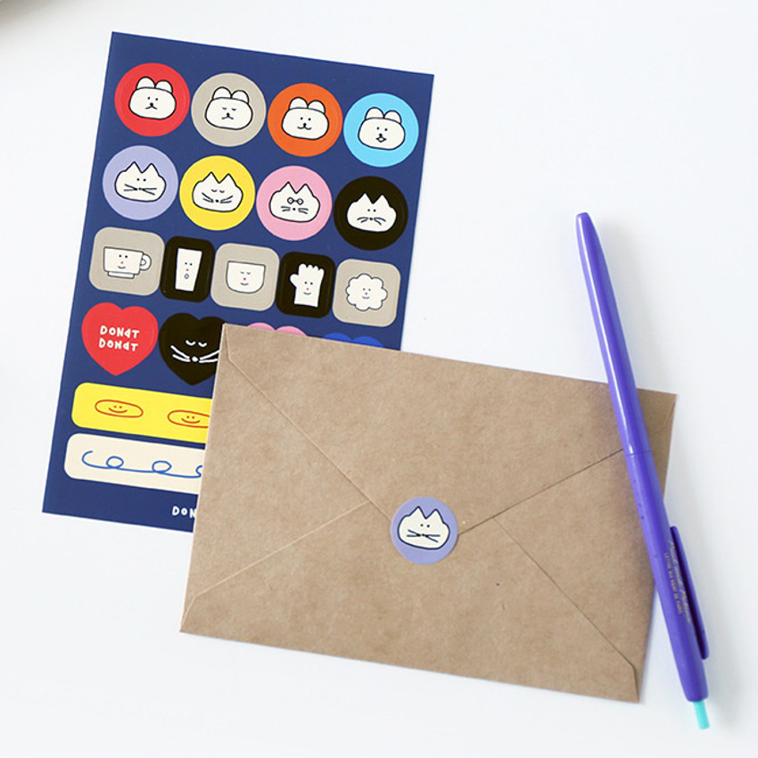 Usage example - ROMANE Donat Donat removable deco sticker pack