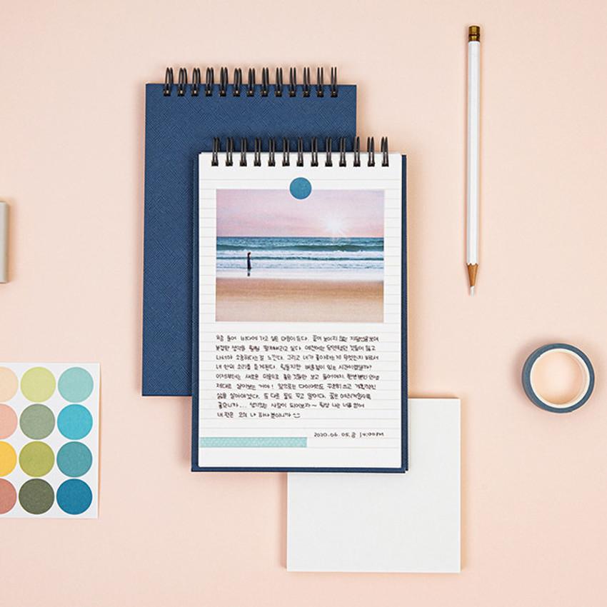 Usage example - Ardium Color medium spiral bound lined notepad