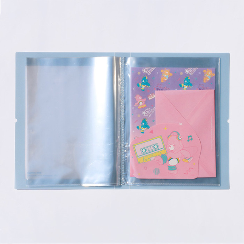 Usage example - After The Rain A5 pocket sticker organizer