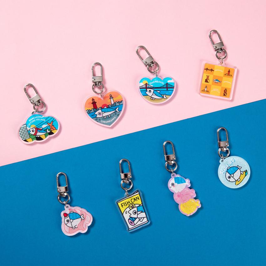 DESIGN IVY Busan Ggo deung o acrylic keyring key holder