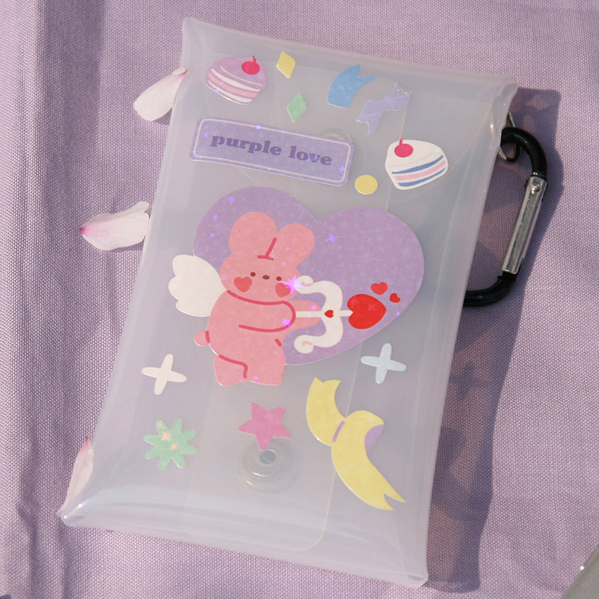 Usage example - DESIGN GOMGOM Reeli removable glitter sticker