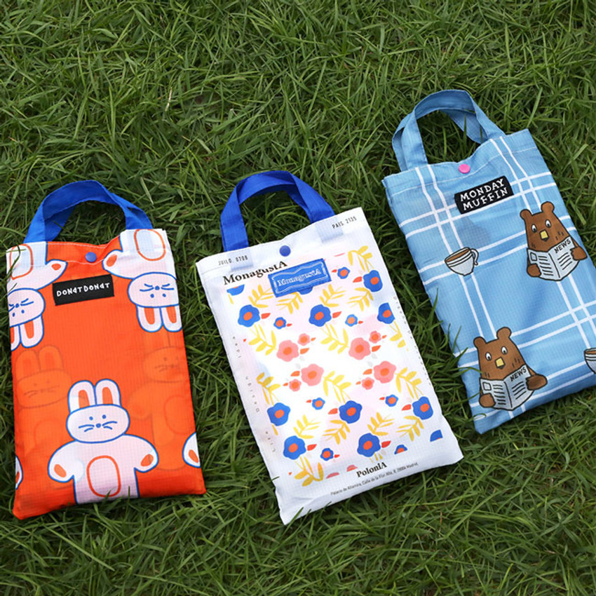 Comes with a bag - ROMANE Cute Water-resistant picnic mat with bag