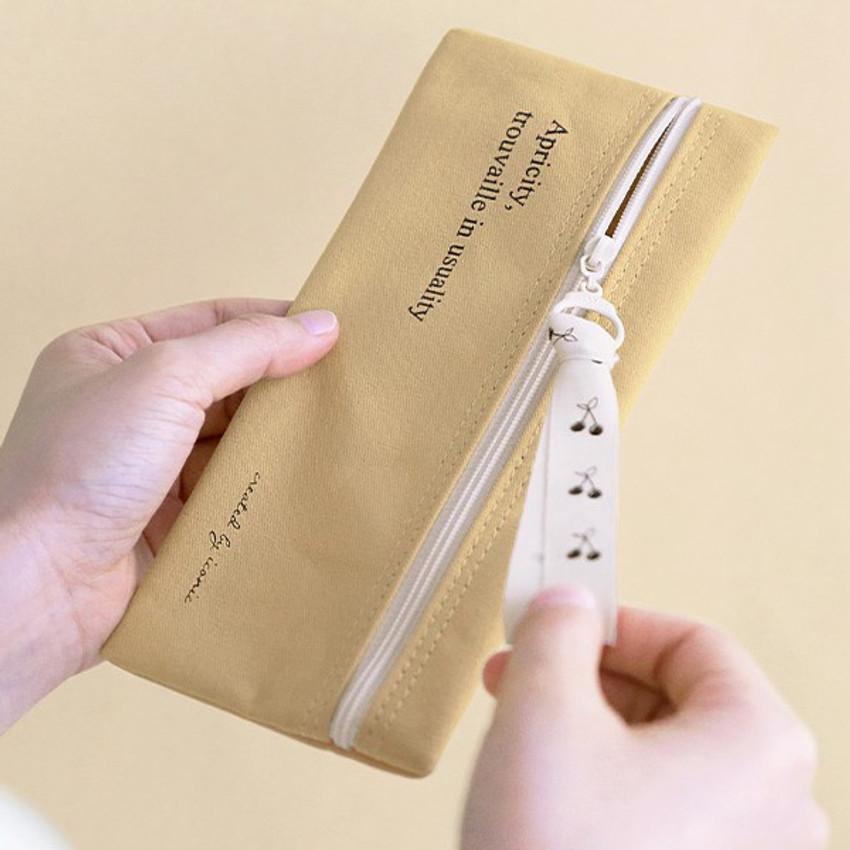 Zip closure - ICONIC Cottony flat zipper pencil case pouch
