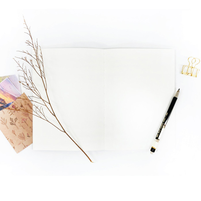 Blank page - O-check Hardcover blank notebook with a pen holder