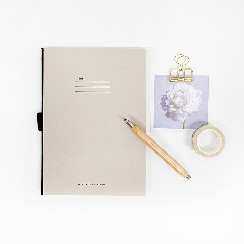 O-check Hardcover blank notebook with a pen holder