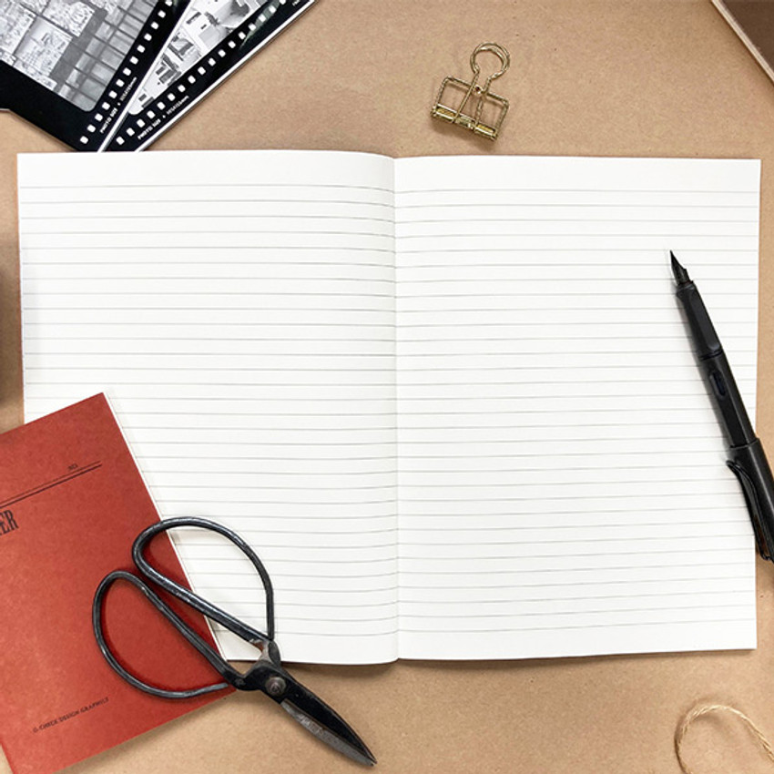 Lined paper - O-CHECK Le cahier classic large lined and plain notebook