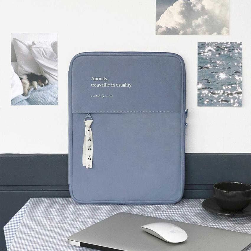 Cotton blue - ICONIC Cottony 13 inches laptop zipper sleeve case