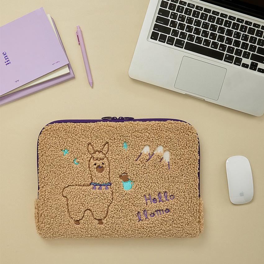"13"" - Llama boucle iPad 13"" laptop zipper sleeve case pouch"