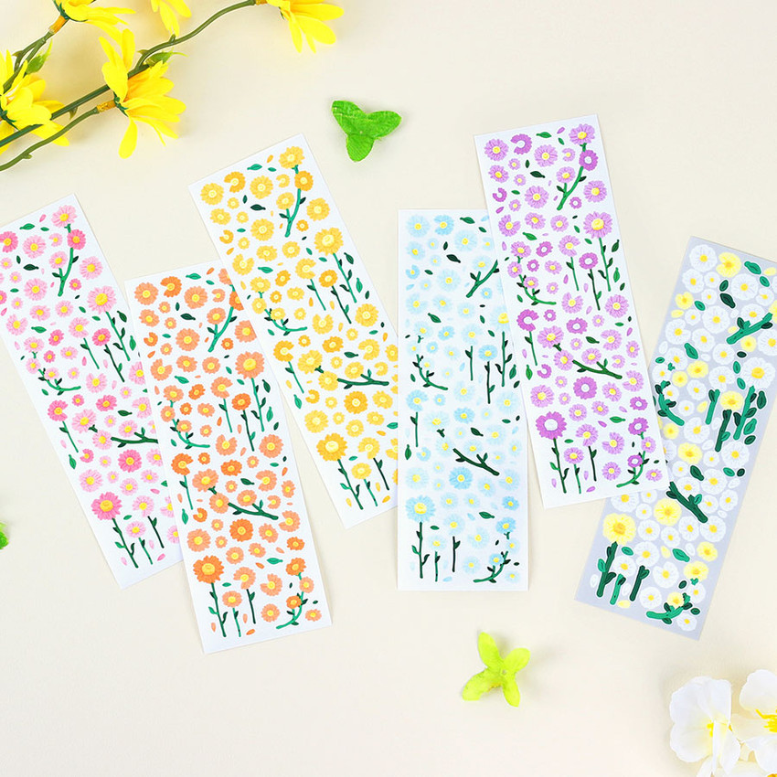 Wanna This Forest's daisy paper sticker