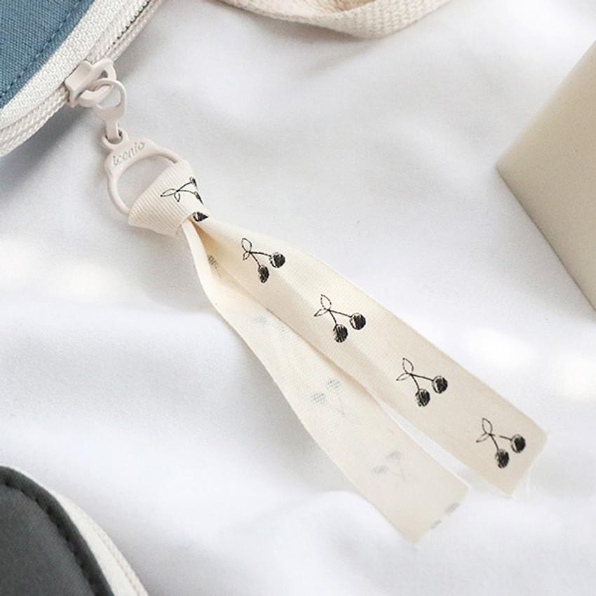 Zipper sleeve -  ICONIC Cottony A4 laptop notebook zipper sleeve case