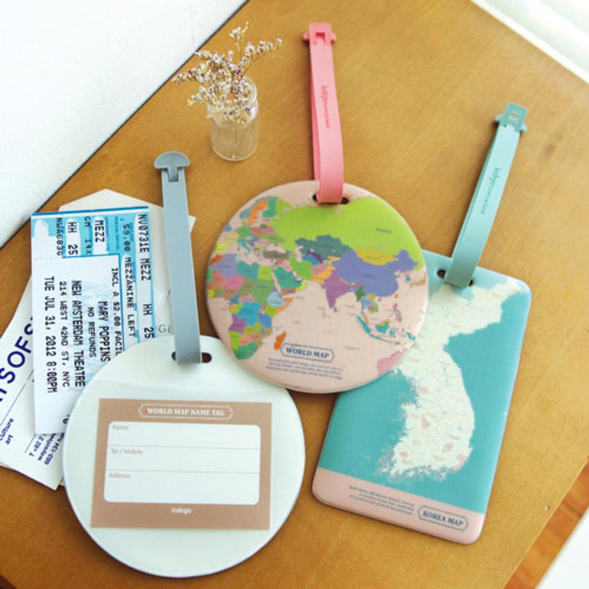 World map travel luggage name tag