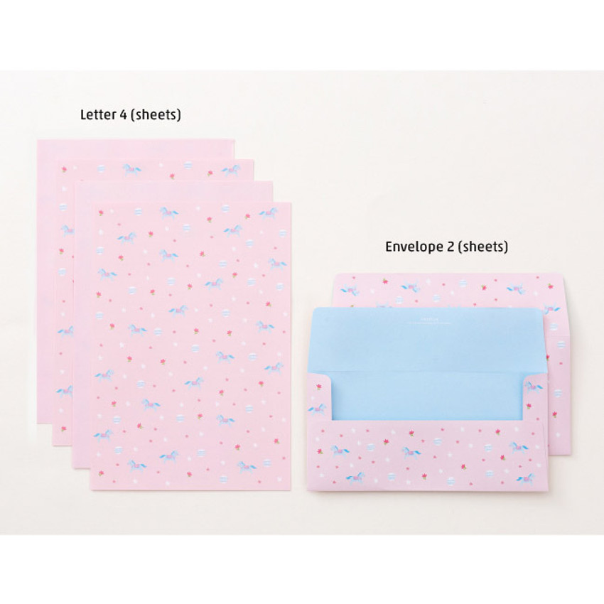 Composition of Cute animal letter paper and envelope set