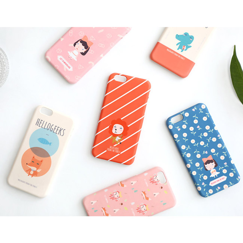 Hellogeeks from the forest pattern case for iPhone 6