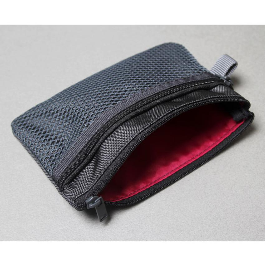 Black - Double pocket mesh zipper pouch small