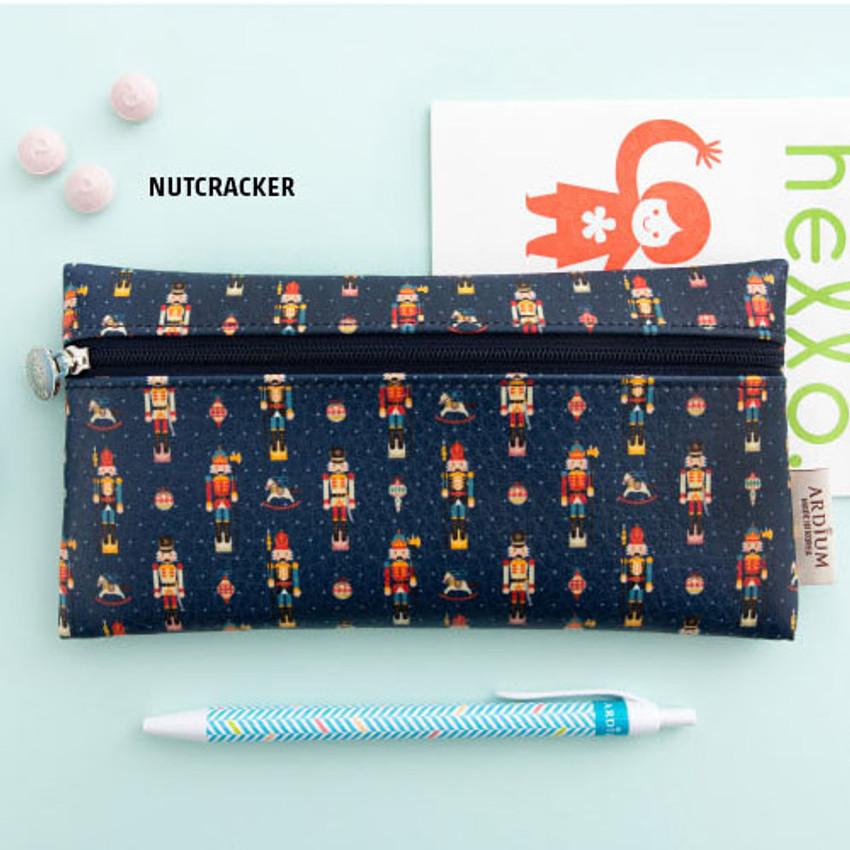 Nutcracker - Pattern simple zipper pencil case