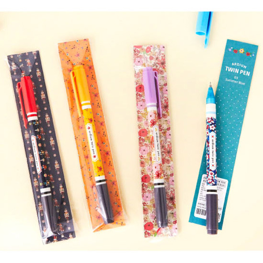 Package for Pattern bright color 0.4mm twin gel pen