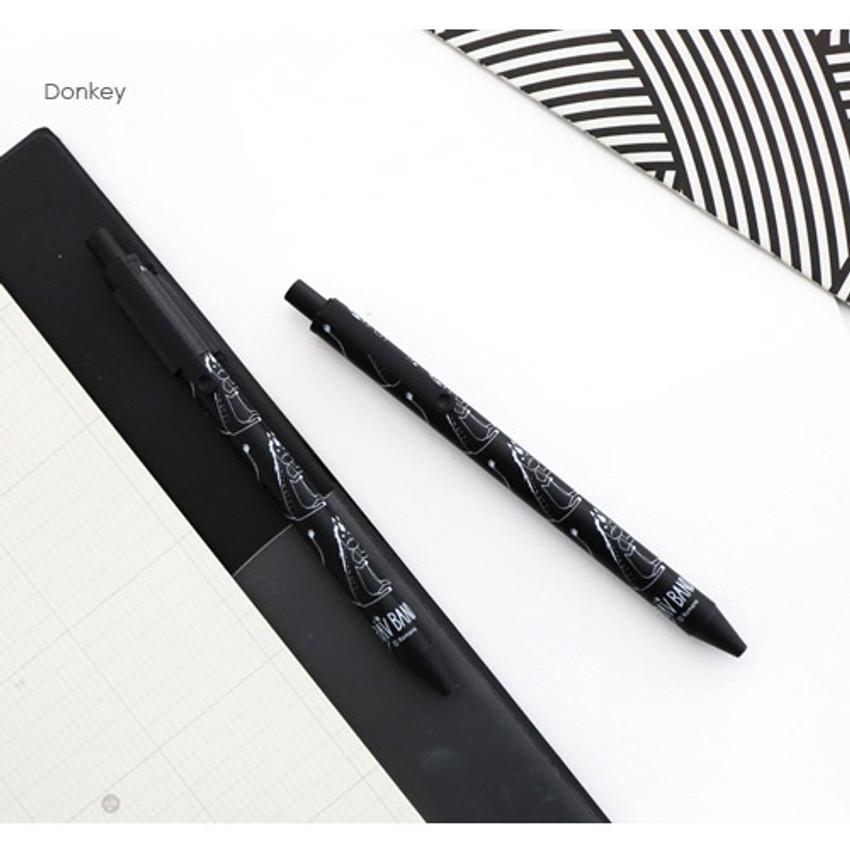 Donkey - Ravband black gel pen 0.4mm