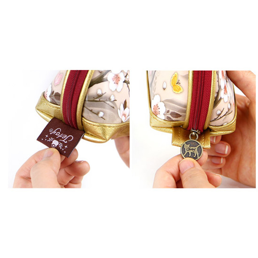 Detail of Choo Choo cat bang bang zipper pouch ver.2
