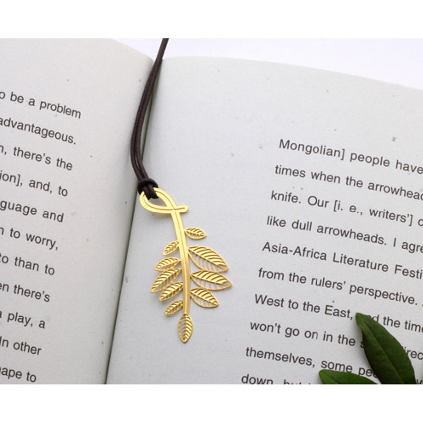 Leaves gold plated bookmark