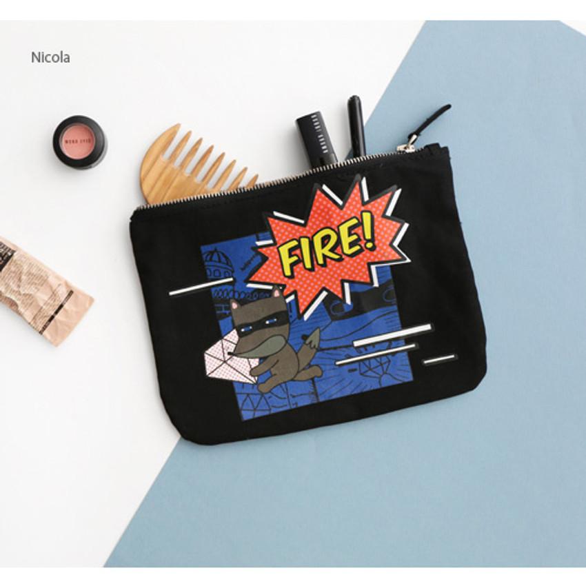 Nicola - Hellogeeks pop art canvas pouch