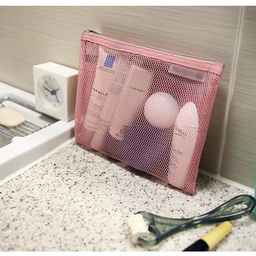 Soft pink - Travelus Medium slim mesh pouch ver.3