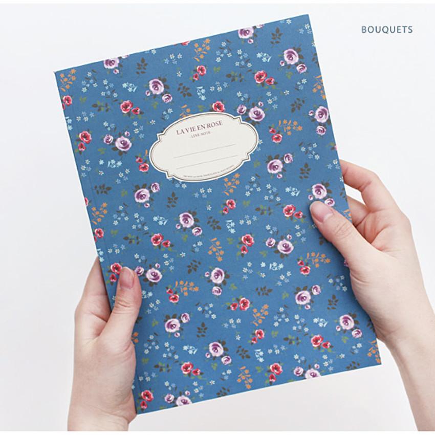 Bouquets - La vie en rose B5 size lined notebook