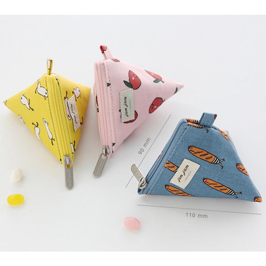 Size of Jam Jam pattern triangle zipper pouch