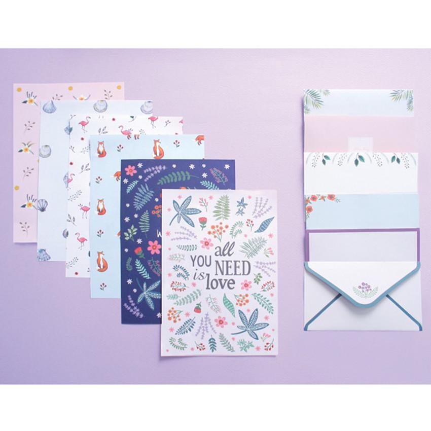 illustration pattern letter paper and envelope set