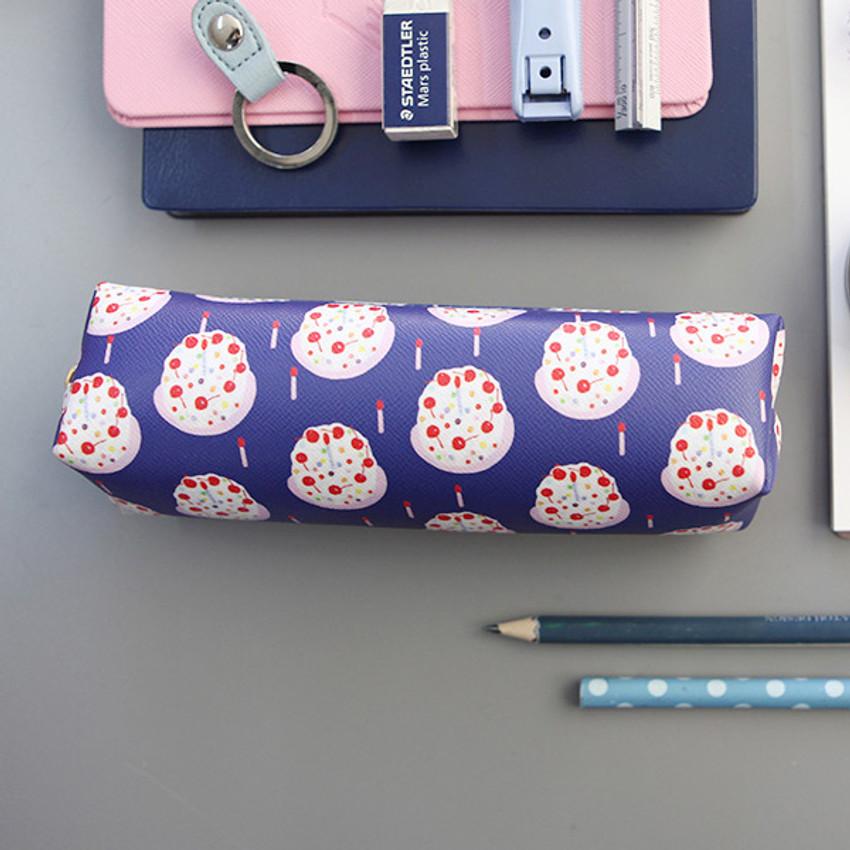Cake - Rim cute illustration pencil pouch