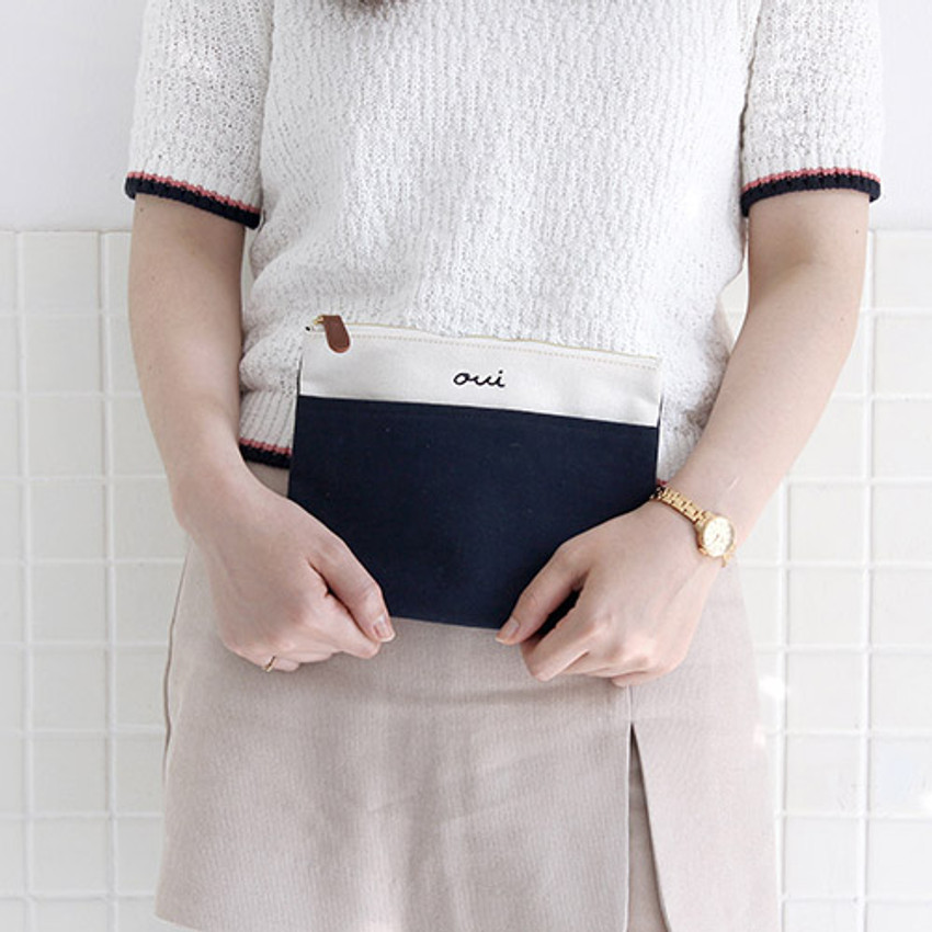 Navy - Around'D pocket zipper pouch